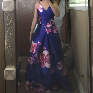 Homecoming/Prom/Party Gown